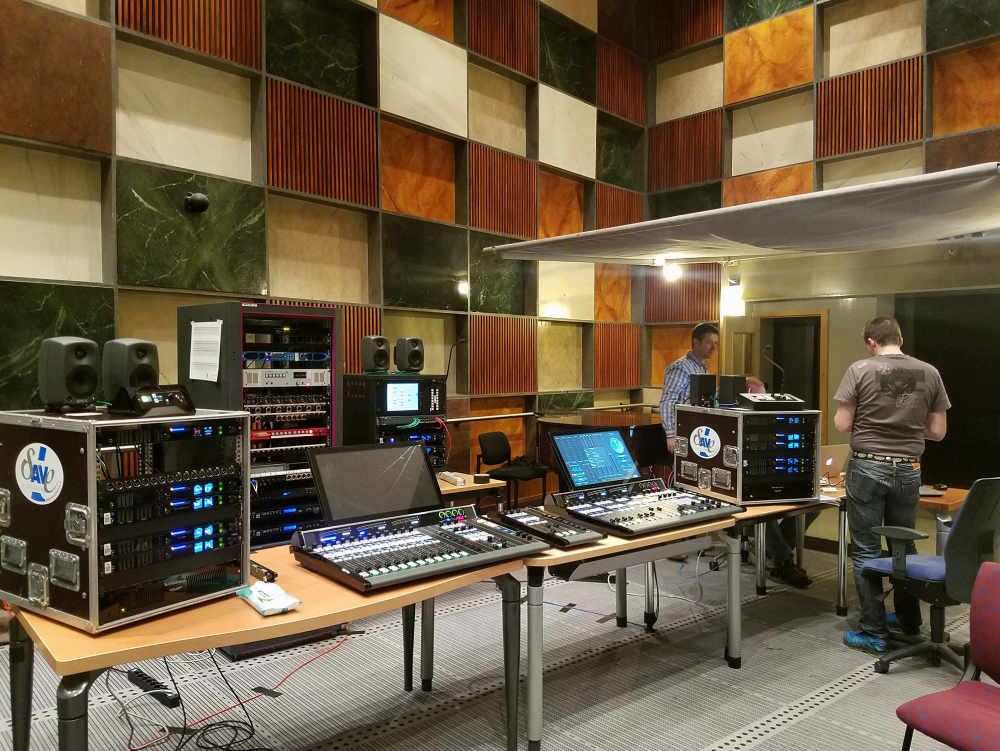 Wheatstone_Radio_France_01-1000.jpg